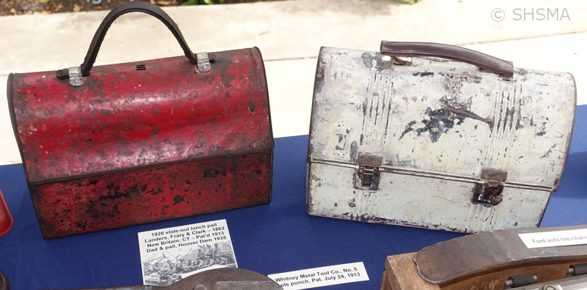 2015 Display - Antique Lunchboxes