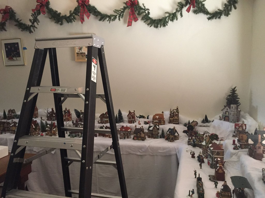 2014 Holiday Room Setup