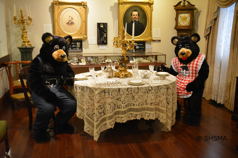 the bears at the museum dining table