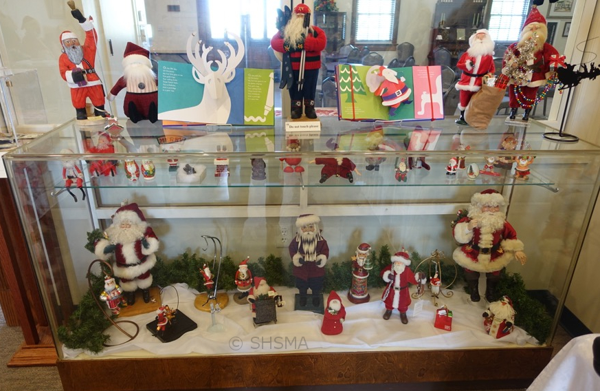 2016holidayexhibit02