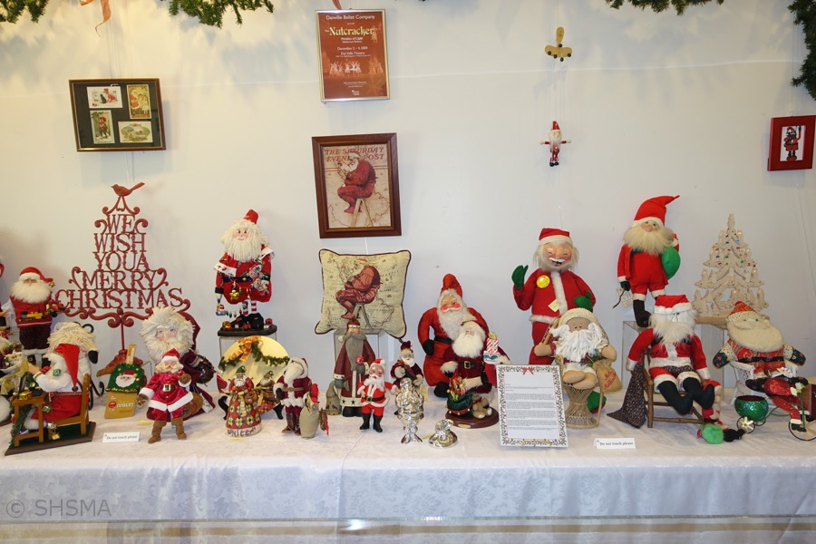 2016holidayexhibit06