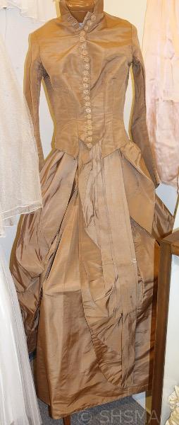 1860s wedding dress