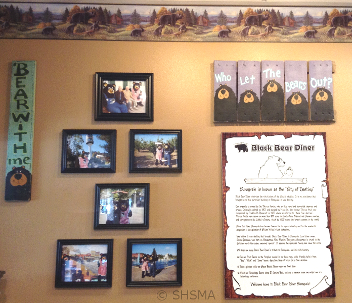 Photos in the Sunnyvale Black Bear Diner, October 29, 2015