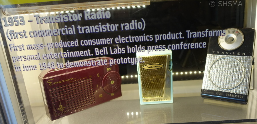Transistor Radio Display