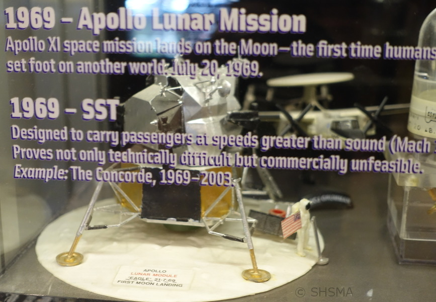 Apollo XI model