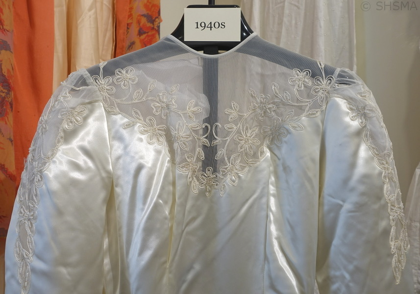 1940s wedding dress top