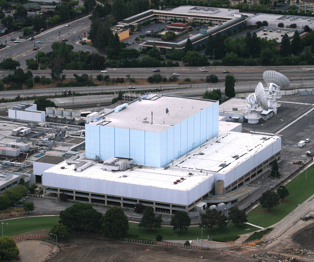 aerial photo of the Blue Cube building, before it was demolished in 2014